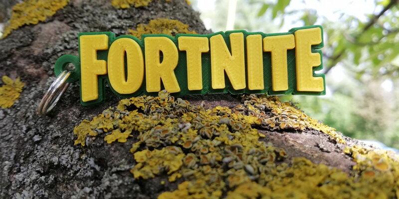 Kľúčenka Fortnite zeleno-žltá 16a955f7131